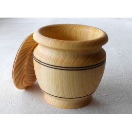 Wooden container for spices