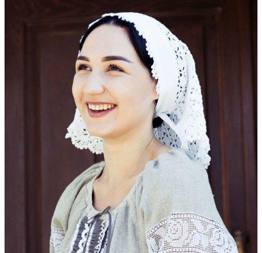 Russian style crocheted headscarf