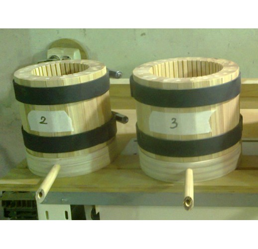 Wooden press-barrel, 3 litres